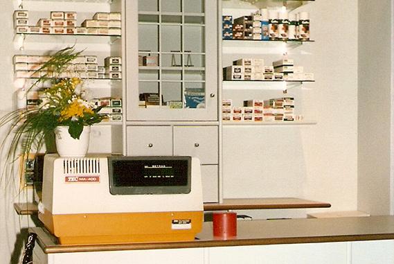 Schuh Vögel Verkaufstheke 1987
