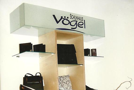 Schuh Vögel Logo1996